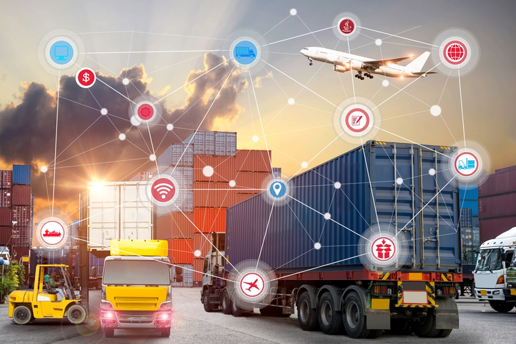 Supercharging The Supply Chain: How IoT Technology Is Changing Logistics